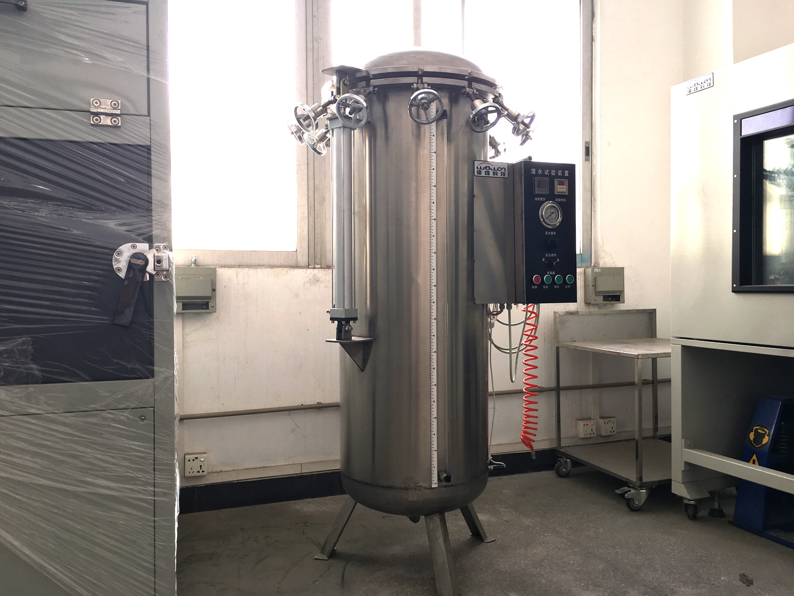 IP X7 X8 pressurized immersion tank in Wewon Workshop